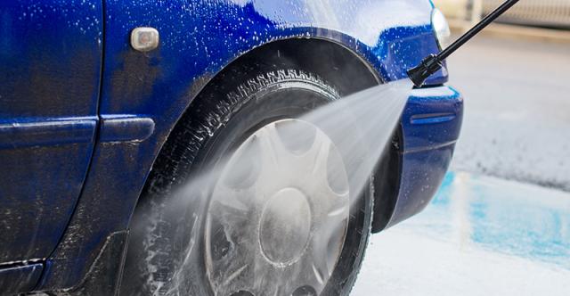 Cinq façons de préparer votre véhicule aux intempéries hivernales