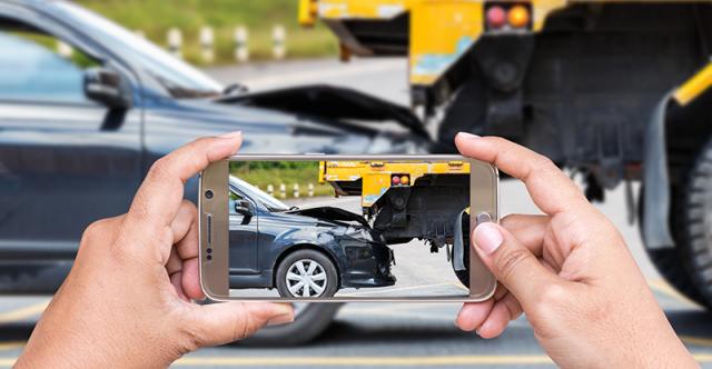 Sécurité du conducteur : huit articles à conserver dans la boîte à gants