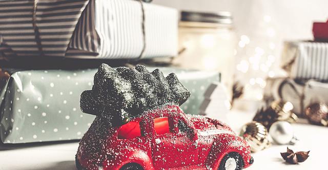 Des cadeaux pour le bas de Noël des conducteurs que vous connaissez