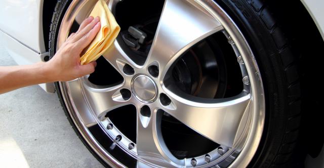 Les sels de voirie présentent des risques sérieux pour la finition des roues